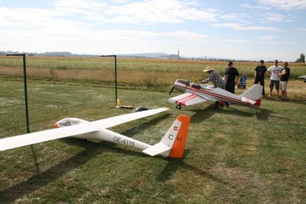 flugtag-2012-0016953E4FF6-98C1-7343-B548-A569BBEBF8FE.jpg