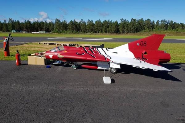 jet-wm-4BE5F9251-AC72-E3F5-01F1-00F8A841F463.jpg
